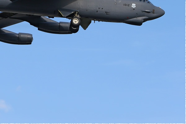 Photo#8132-4-Boeing B-52H Stratofortress