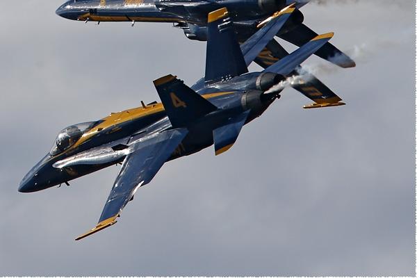 Photo#8341-4-McDonnell Douglas F/A-18C Hornet