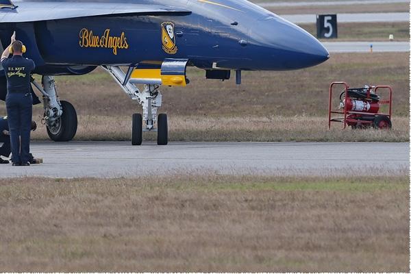 Photo#8342-4-McDonnell Douglas F/A-18C Hornet