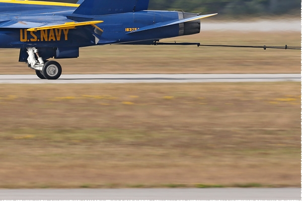 Photo#8343-4-McDonnell Douglas F/A-18C Hornet