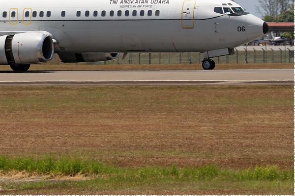 Photo#8396-4-Boeing 737-400