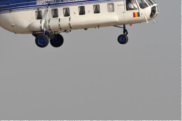 8879c-Mil-Mi-8PS-Roumanie-gouvernement