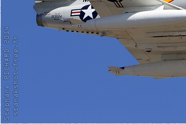 Photo#8085-3-Douglas TA-4J Skyhawk