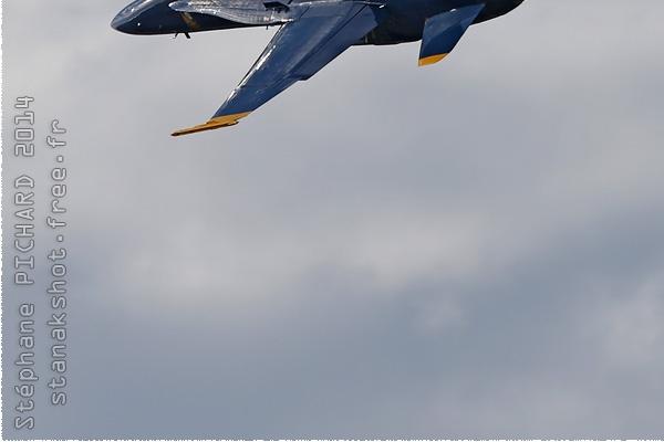 Photo#8341-3-McDonnell Douglas F/A-18C Hornet