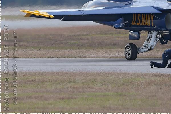 Photo#8342-3-McDonnell Douglas F/A-18C Hornet