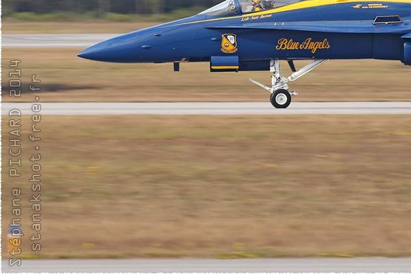 Photo#8343-3-McDonnell Douglas F/A-18C Hornet