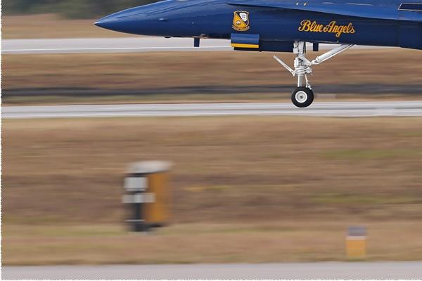 Photo#8344-3-McDonnell Douglas F/A-18A Hornet