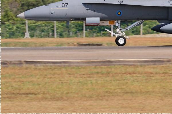 Photo#8419-3-McDonnell Douglas F/A-18D Hornet