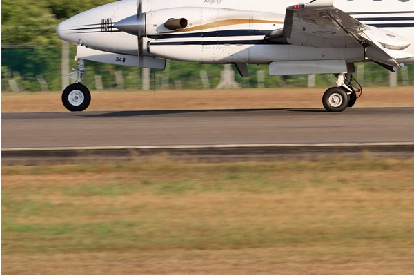 Photo#8445-3-Raytheon King Air 350