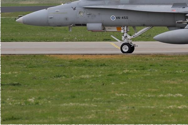 Photo#8495-3-McDonnell Douglas F-18C Hornet
