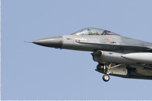 Photo#8509-3-General Dynamics F-16AM Fighting Falcon