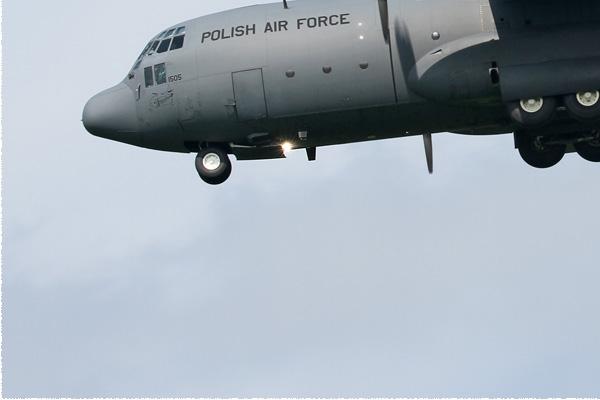 Photo#8547-3-Lockheed C-130E Hercules