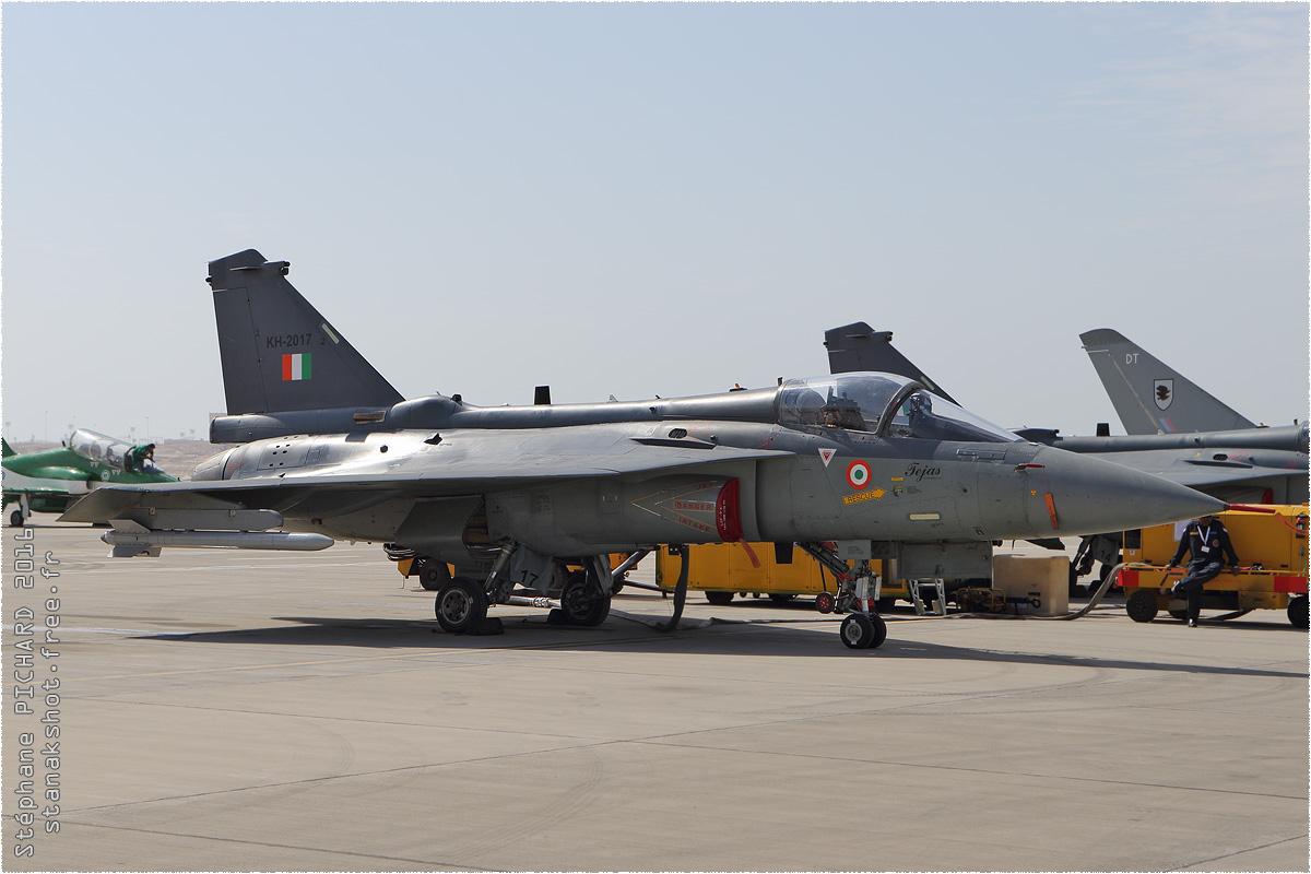 tof#9031 Tejas de la Force aérienne indienne au statique à Sakhir (Bahrein) lors du Bahrain International Airshow 2016