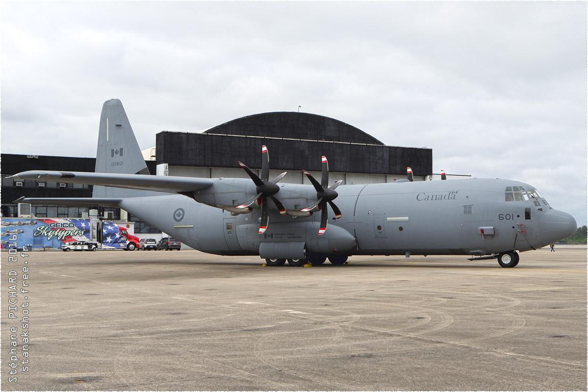tof#9243_C-130_de l'Aviation royale canadienne
