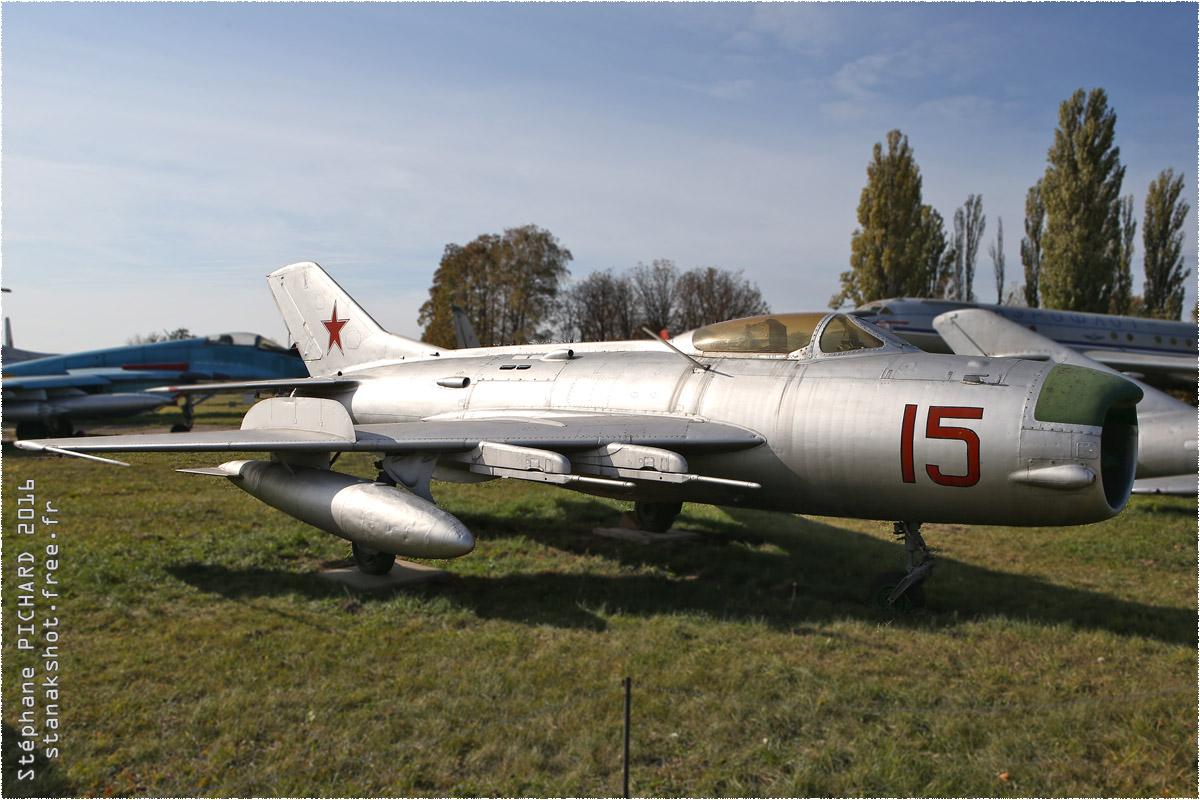 tof#9648_MiG-19_enregistré en Ukraine