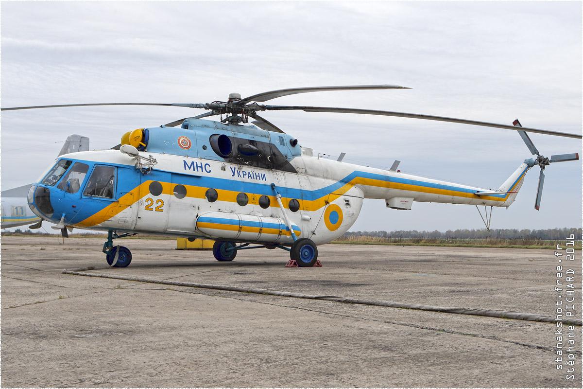 tof#9676_Mi-8_du Ministère des urgences ukrainien