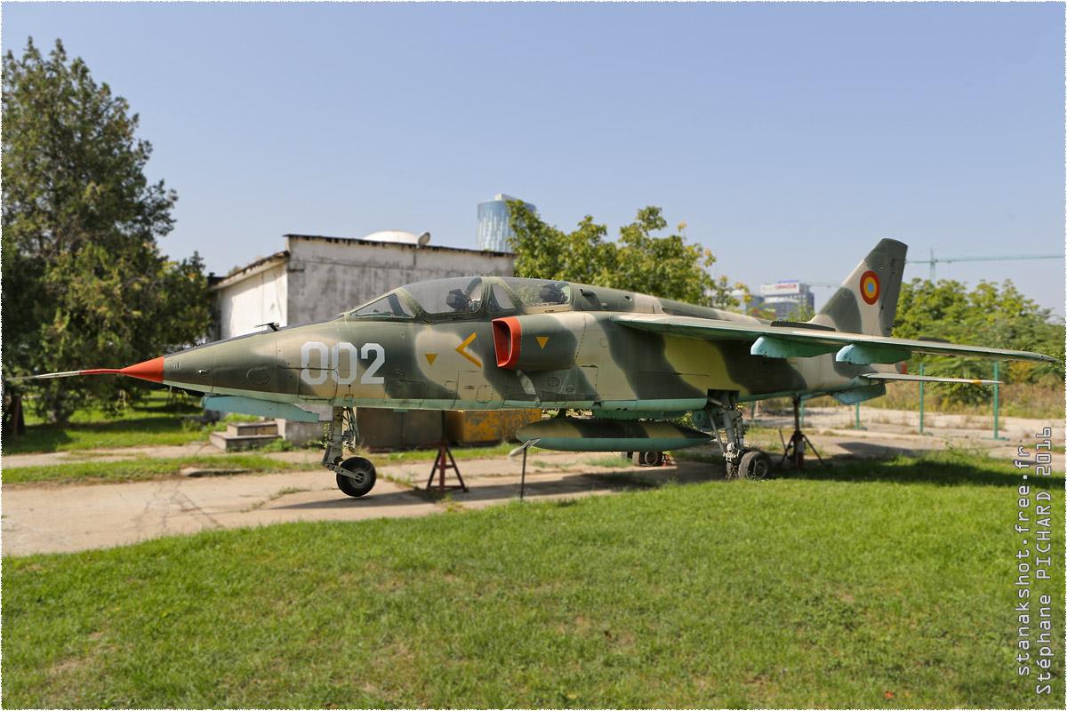 tof#9728_IAR-93_de la Force aérienne roumaine