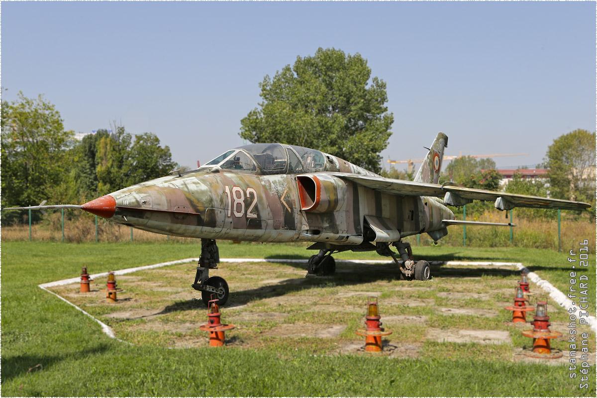 tof#9729_IAR-93_de la Force aérienne roumaine