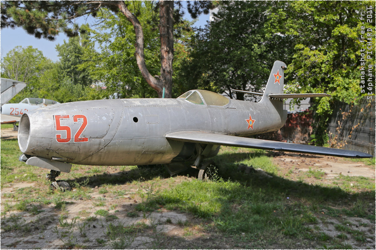 tof#9739 Yak-23 de la Force aérienne roumaine au statique à Muzeul Aviaţiei, Bucureşti (Roumanie)