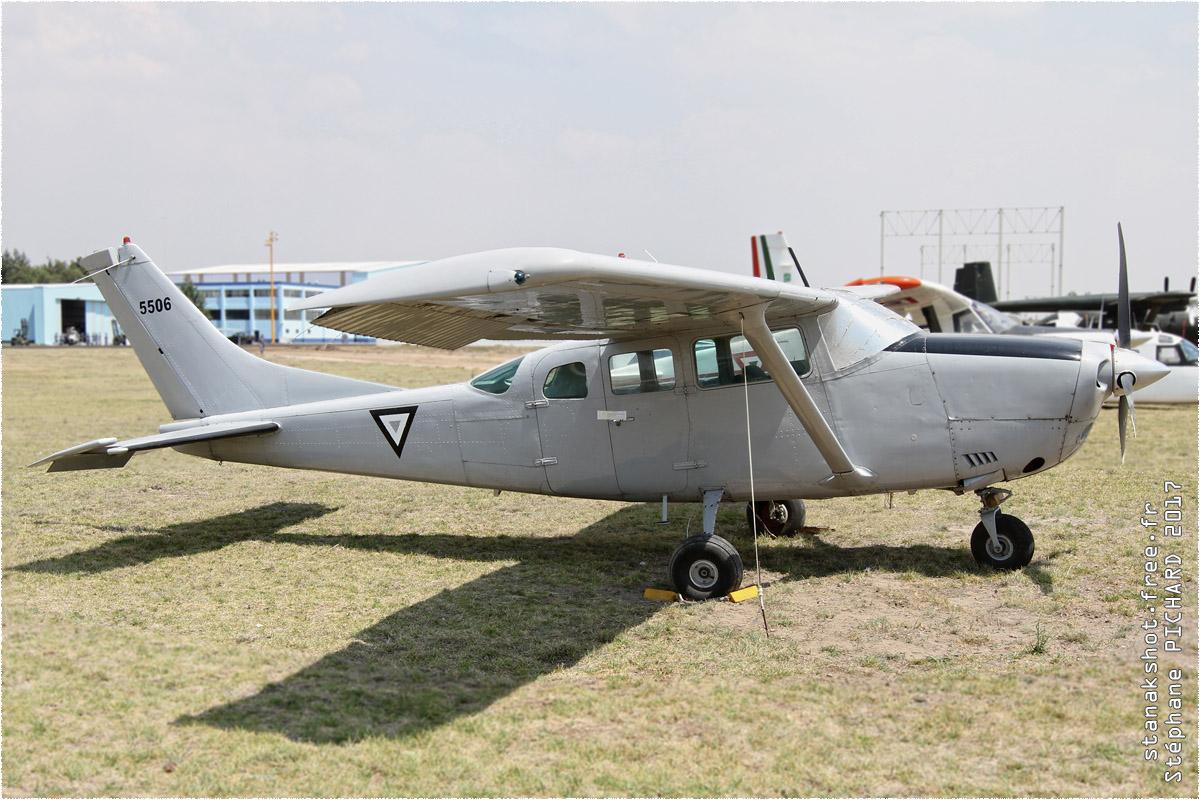 tof#9825 Ce206 de la Force aérienne mexicaine au statique à Santa Lucía (MEX) en 2017