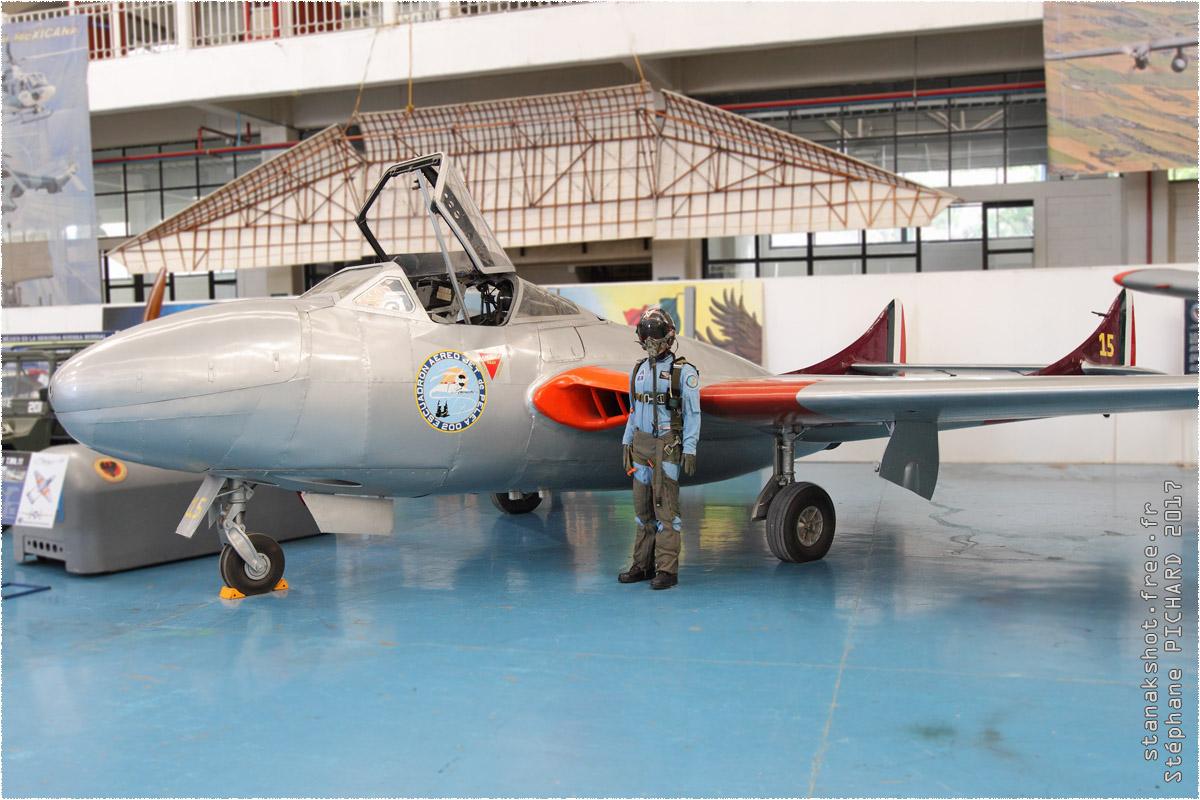 tof#9913_Vampire_de la Force aérienne mexicaine
