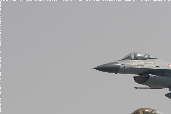 Photo#9003-1-Lockheed Martin F-16C Fighting Falcon