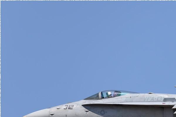 Photo#9141-1-McDonnell Douglas F/A-18C Hornet