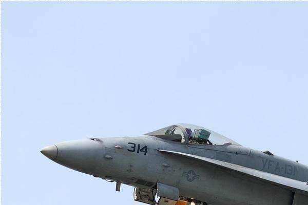 Photo#9142-1-McDonnell Douglas F/A-18C Hornet