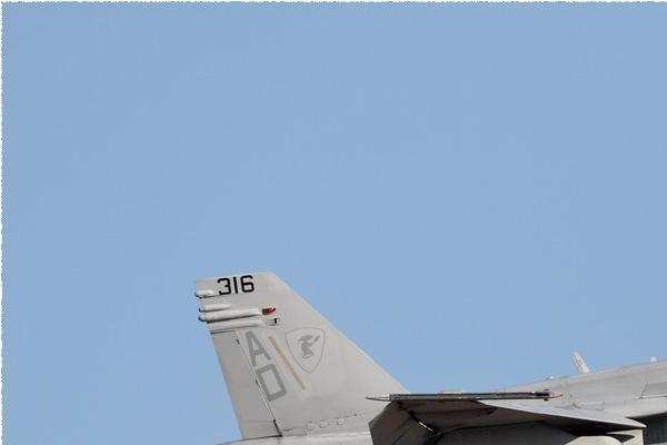 9143a-McDonnell-Douglas-F-A-18C-Hornet-USA-navy
