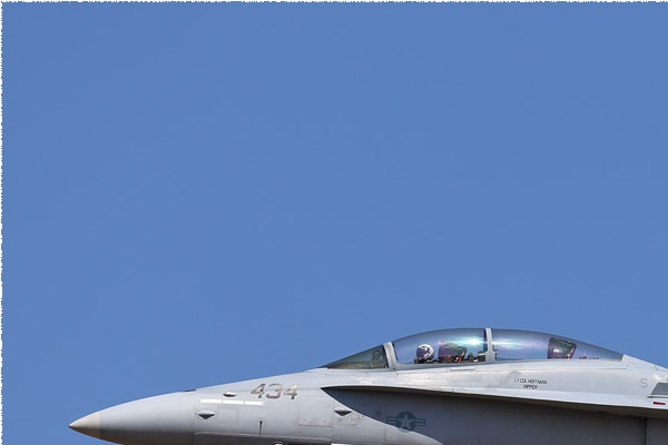 Photo#9163-1-McDonnell Douglas F/A-18D Hornet