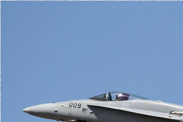 Photo#9374-1-McDonnell Douglas F/A-18C Hornet