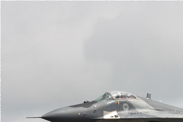 Photo#9511-1-Mikoyan-Gurevich MiG-29A