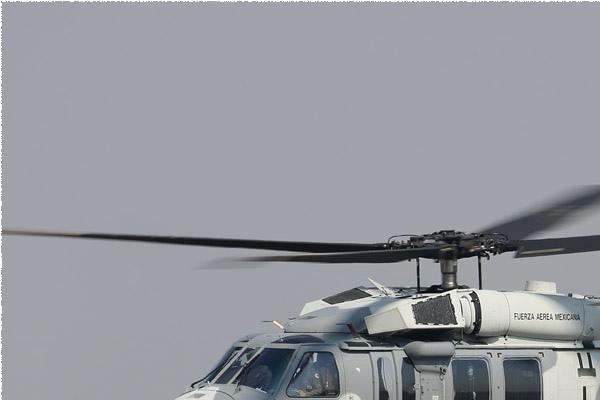 Photo#9799-1-Sikorsky UH-60M Black Hawk