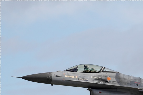 Photo#9947-1-General Dynamics F-16AM Fighting Falcon