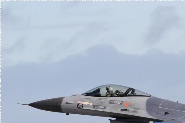 Photo#9952-1-General Dynamics F-16AM Fighting Falcon