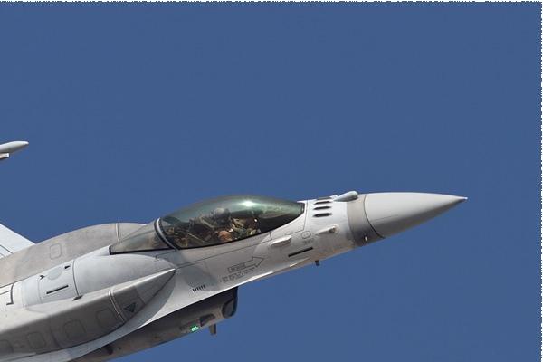 Photo#9002-2-Lockheed Martin F-16E Fighting Falcon
