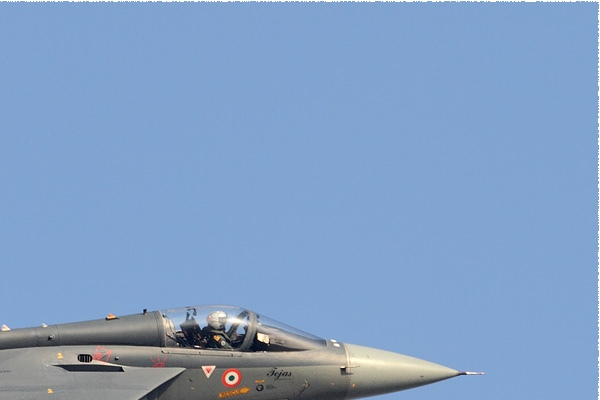 Photo#9028-2-HAL Tejas