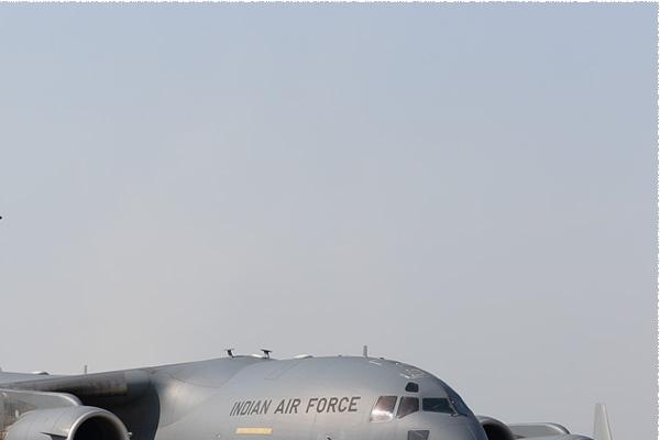 Photo#9041-2-Boeing C-17A Globemaster III