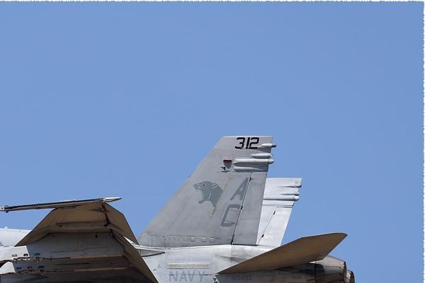 Photo#9141-2-McDonnell Douglas F/A-18C Hornet
