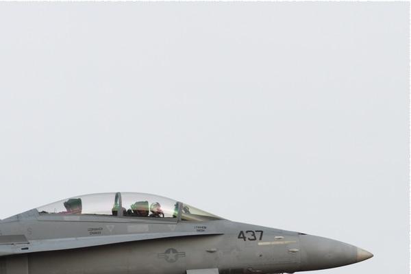 Photo#9165-2-McDonnell Douglas F/A-18D Hornet