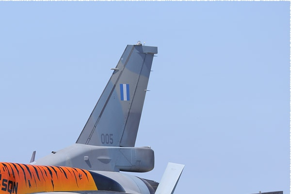 Photo#9356-2-Lockheed Martin F-16C Fighting Falcon