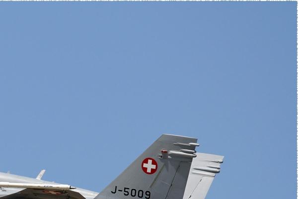 Photo#9374-2-McDonnell Douglas F/A-18C Hornet