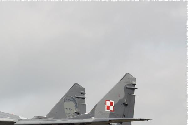 Photo#9511-2-Mikoyan-Gurevich MiG-29A