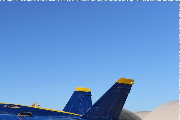 Photo#9784-2-McDonnell Douglas F/A-18A Hornet