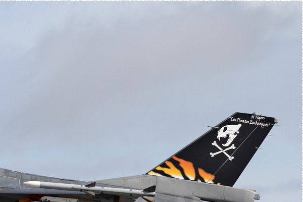 Photo#9947-2-General Dynamics F-16AM Fighting Falcon