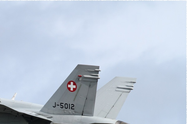 Photo#9958-2-McDonnell Douglas F/A-18C Hornet