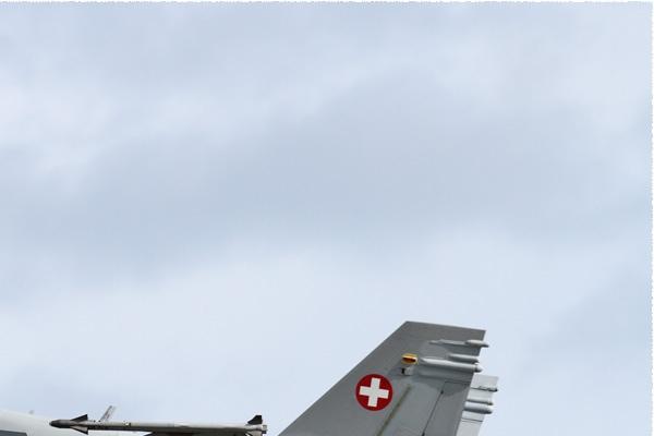 Photo#9959-2-McDonnell Douglas F/A-18C Hornet