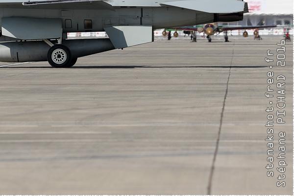 Photo#9004-4-Lockheed Martin F-16C Fighting Falcon