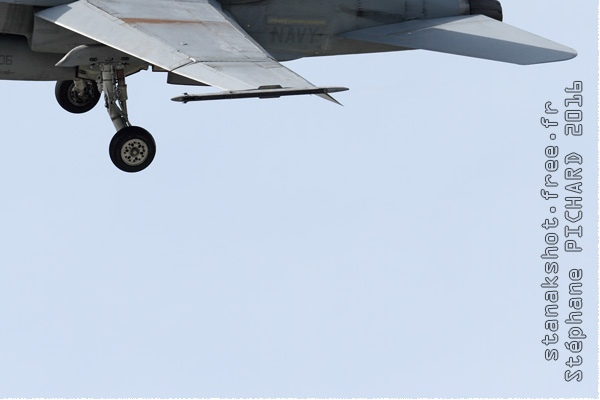 Photo#9140-4-McDonnell Douglas F/A-18C Hornet