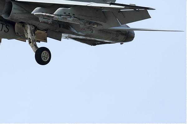 Photo#9142-4-McDonnell Douglas F/A-18C Hornet